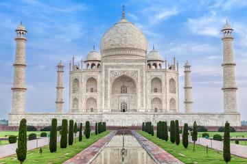 Taj mahal tour from Delhi Airport with All Inclusive Meals And Monument Fees