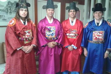 Seoul Combo: Heritage Tour, Kimchi Making, Hanbok