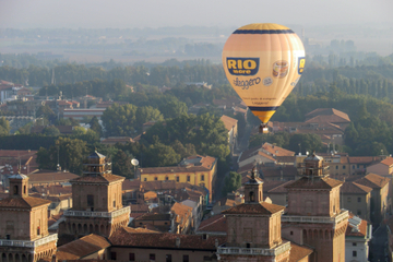 Private Tour: Emilia Romagna - Flug im Heißluftballon mit Transport...