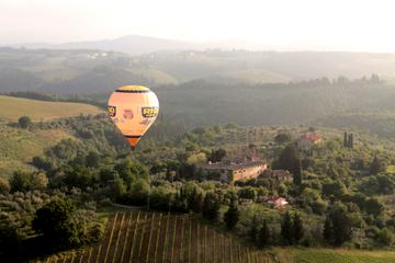 Voo de balão de ar quente na Toscana
