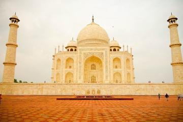 13 Hours Historical Day Tour Of Taj Mahal With Baby Taj & Mehtab Bagh With Lunch