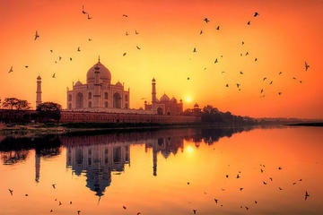 Early Morning Sunrise Taj Mahal and Agra Fort From Delhi By Express Highway