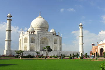 Private All Inclusive Luxury Taj Mahal And Agra Fort Day Trip from Delhi