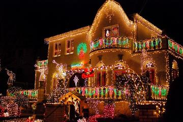 half day brooklyn dyker heights christmas lights tour from manhattan