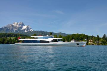 Croisière touristique panoramique sur le lac de Lucerne
