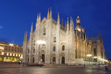 Excursão à noite ao terraço do Duomo em Milão