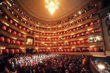 Toegang zonder wachtrij: Duomo-kathedraal en theater La Scala