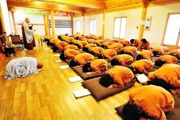 韓国の仏教寺院、月精寺での2日間テンプル ステイ