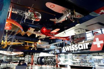 Entrada al Museo suizo del transporte de Lucerna
