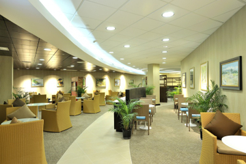 Accès au salon d'escale : Club Mobay à l'aéroport international...