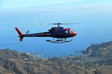 Passeio de helicóptero pela Ilha...