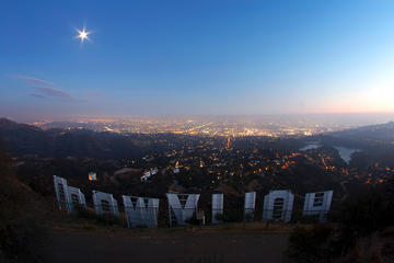 Survol en hélicoptère de Hollywood et de Los Angeles au départ de...