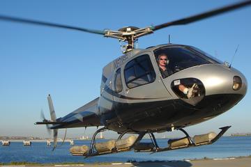 Vol en hélicoptère au-dessus de la côte au départ de Long Beach
