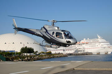 Voo de helicóptero para a Ilha...