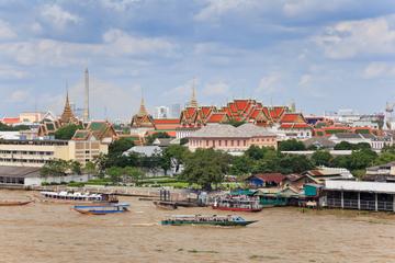 Bangkok Spaziergang: Chao Phraya Flussufer Wege von Thonburi