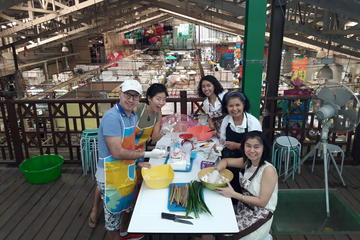 Small-Group Edible Arts and Snacks Class in Bangkok