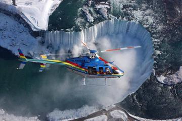 Esclusivo tour delle cascate del Niagara più giro in elicottero e