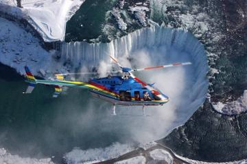 Ultieme tour naar de Niagara-watervallen plus helikoptervlucht en ...