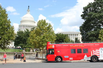 Tour in autobus Hop-On Hop-Off a Washington DC e Pass per le