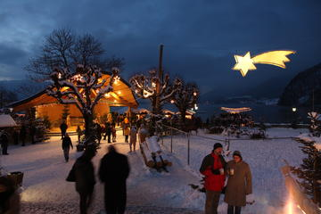Salzburg Christmas Markets Small-Group Tour from Vienna