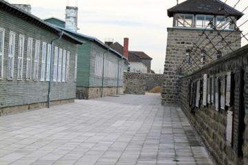 Viagem de um dia para o campo de concentração de Mauthausen saindo de...