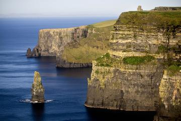 TOUR IN SPANISH: Cliff of Moher and Bunratty Castle