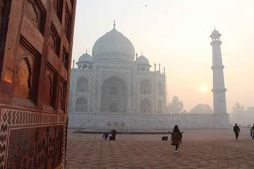 Same Day Taj Mahal Tour by Shatabdi Train From Jaipur