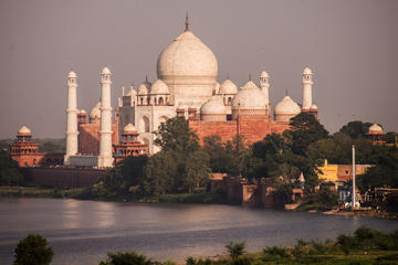 SUNRISE TOUR OF TAJ MAHAL FROM DELHI...