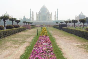 Taj Mahal Same Day by Shatabdi & Gatimaan Train
