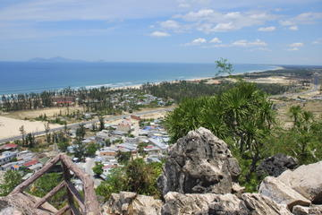 Small-Group Marble Mountains Tour from Hoi An