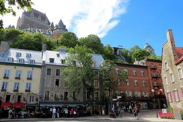 Quebec City Walking Tour: Meet a...