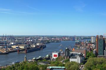 Hamburg Super Saver with German-Speaking Guide: Speicherstadt, HafenCity and St Pauli Walking Tour
