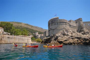 Piragüismo en el mar en Dubrovnik
