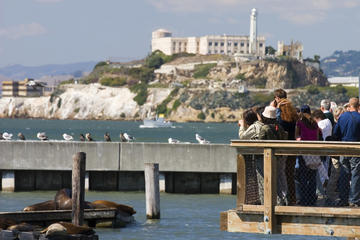 3-för-1-pass: Alcatraz, San Francisco Dungeon och Madame Tussauds