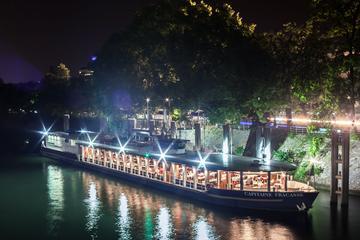 Crucero de San Valentín por el río...