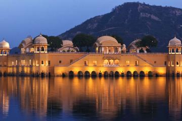 4- Days Private Luxury Golden Triangle Tour to Agra and Jaipur from Delhi