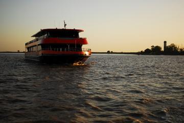 Bootstour auf der Garonne inklusive Abendessen ab Bordeaux