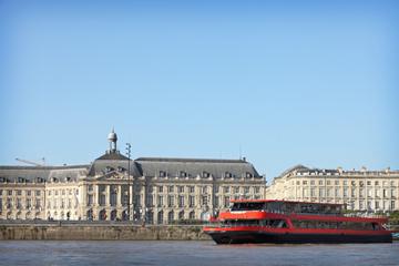 Bootstour auf der Garonne inklusive Mittagessen ab Bordeaux