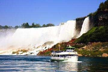 Day Trip Discovery American Evening Tour near Niagara Falls, New York