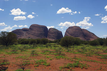 Excursão pelo Uluru (Ayers Rock) e Olgas, incluindo jantar ao pôr do...