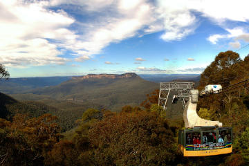 Blue Mountains Day Tour Including River Cruise and Wildlife Park with...