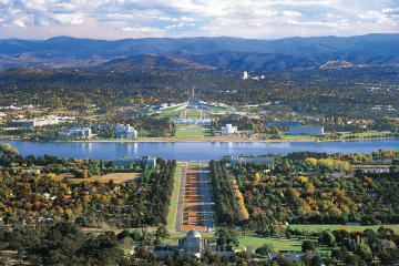 Canberra Day Trip from Sydney...