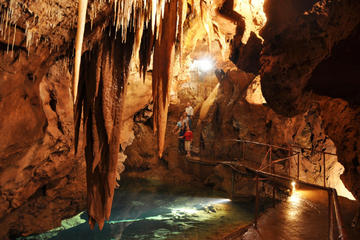 Cavernas Jenolan, em Blue Mountains e...