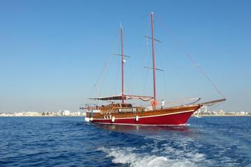 Crucero de yates de vela de medio día...