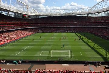 Arsenal-fotbollsmatch på Emirates ...