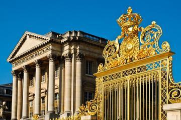 Evite as Filas: Palácio de Versalhes e Jardins saindo do centro de...