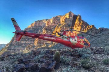 Helikoptertur till Grand Canyon från Las Vegas med champagnepicknick