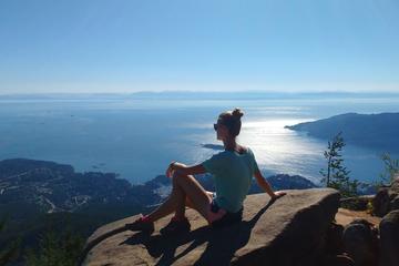 Vancouver Mountain Hiking Tour