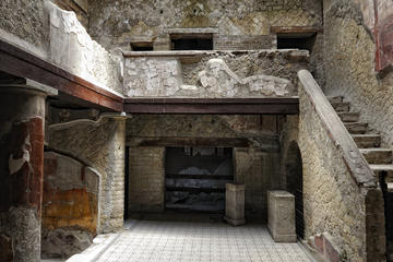 Herculaneum and Pompeii with Guide