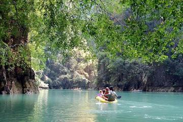 Visite des grottes marines de la baie de Phang Nga au départ de...